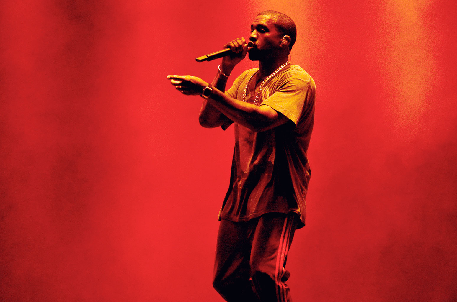 Kanye-West-The-Meadows-Sept-2016-billboard-1548
