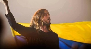 jared-leto-flag-ukraine