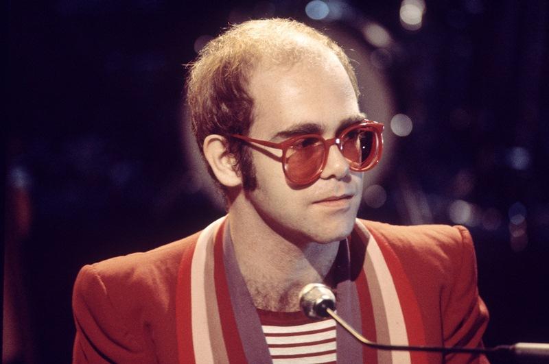 02-elton-john-glasses
