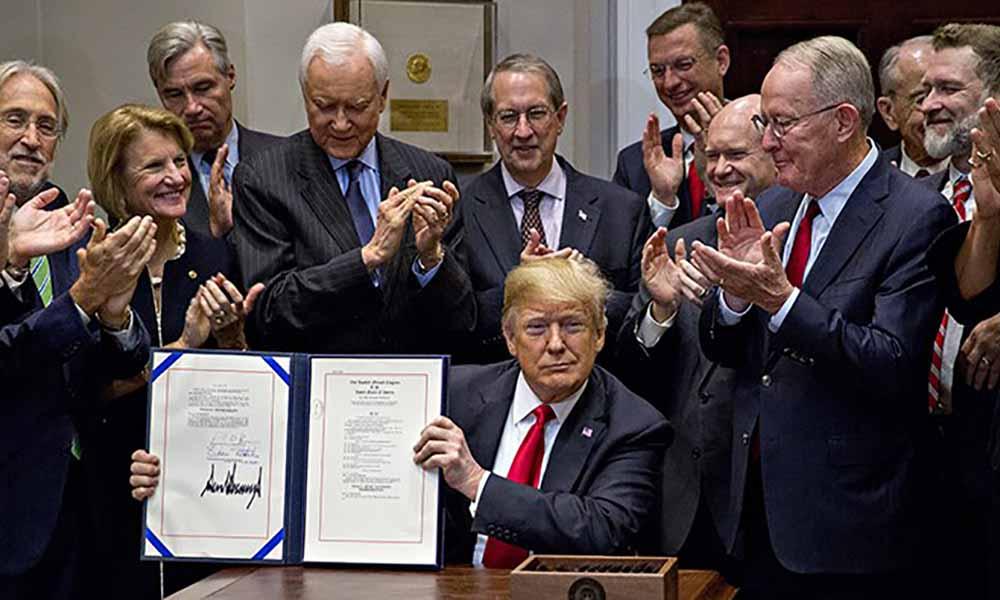 trump-signs-music-modernization-act