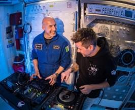 astornaut-DJ