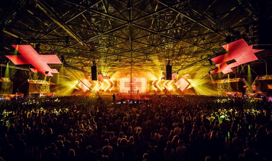 We-Own-The-Nite-NYC_Martin-Garrix_Amsterdam-Dance-Event-2019_ADE-2019_RAI_Photo-Louis-Van-Baar