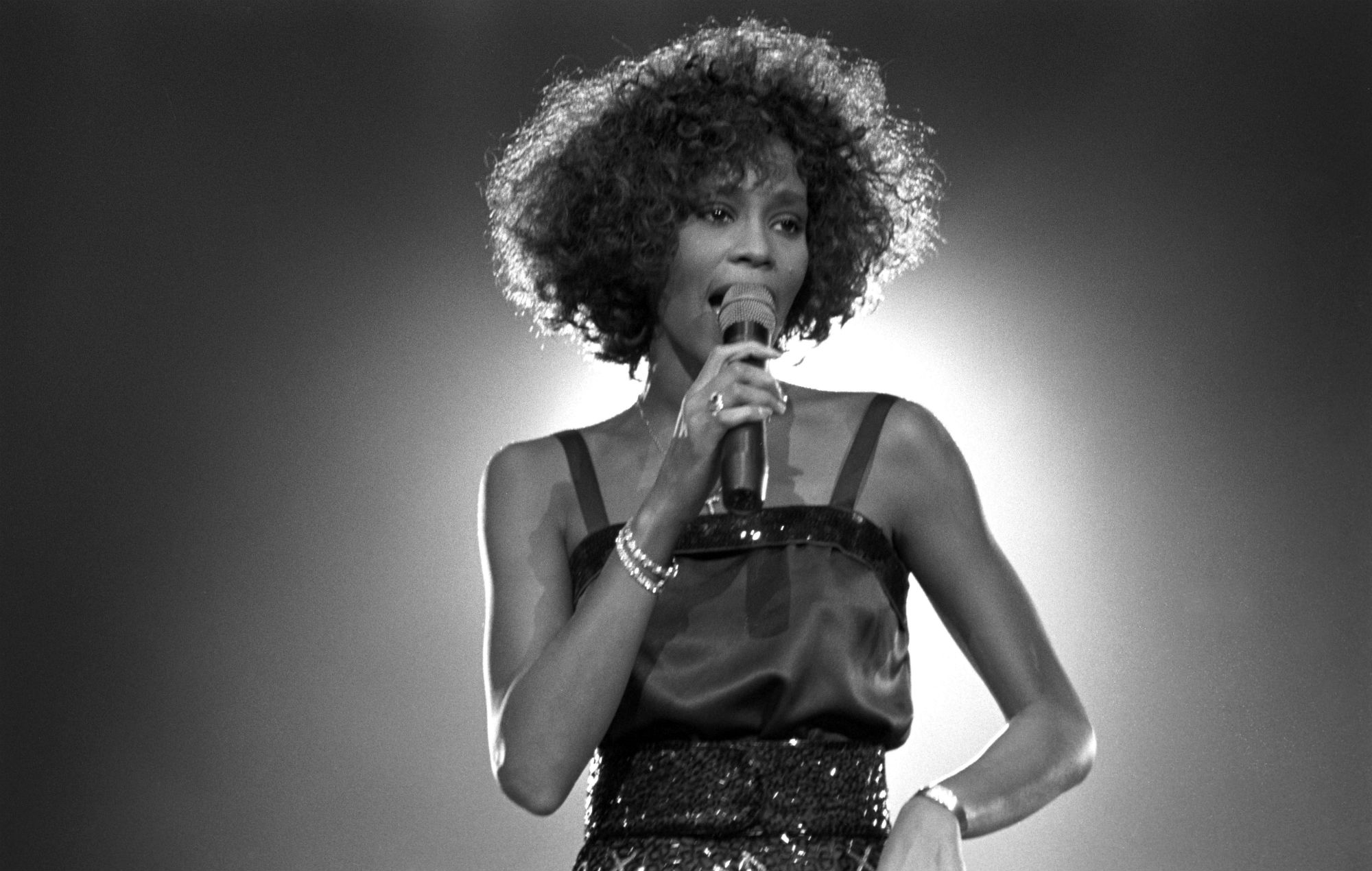whitney-houston-hologram-first-concert