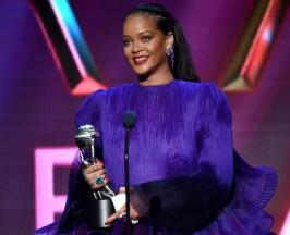 Rihanna-naacp-awards-2020
