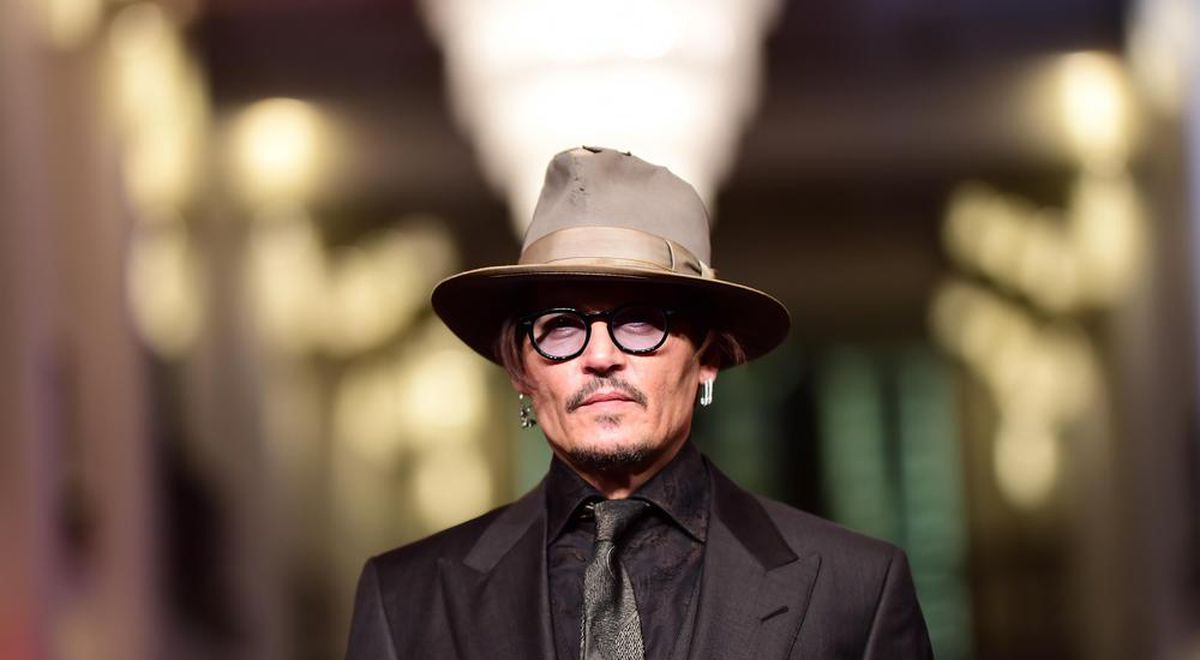 johnny-depp-cover-working-class-hero