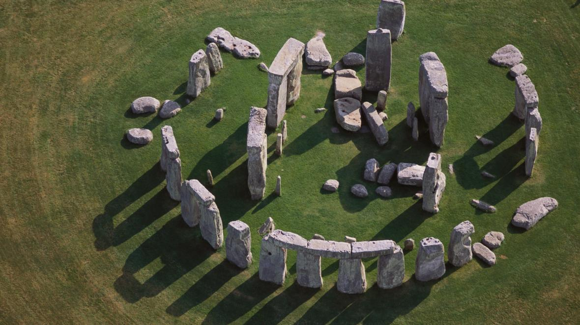 new-study-suggests-stonehenge-was-built-to-amplify-sound